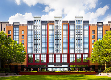 View all the different Disney HOTELS at Disneyland Paris
