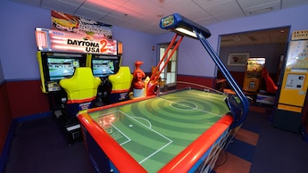 Video Game Room (surcharge): Mad Hatter's Game Room