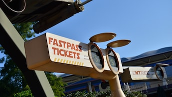 Disney Hotel FASTPASS (for Empire State Club rooms)